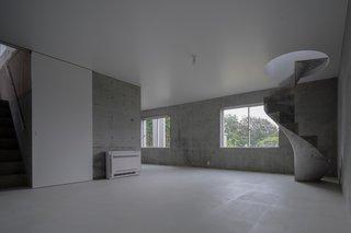 House in Akitsu by Kazunori Fujimoto Architect & Associates - Photo 4 of 5 -