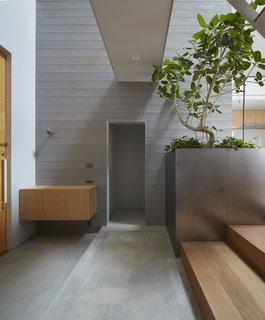House in Iwakura by Airhouse - Photo 2 of 7 -