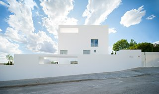 Raumplan House by Alberto Campo Baeza - Photo 3 of 5 -