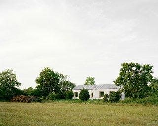 House on Gotland by Etat Arkitekter - Photo 2 of 5 -