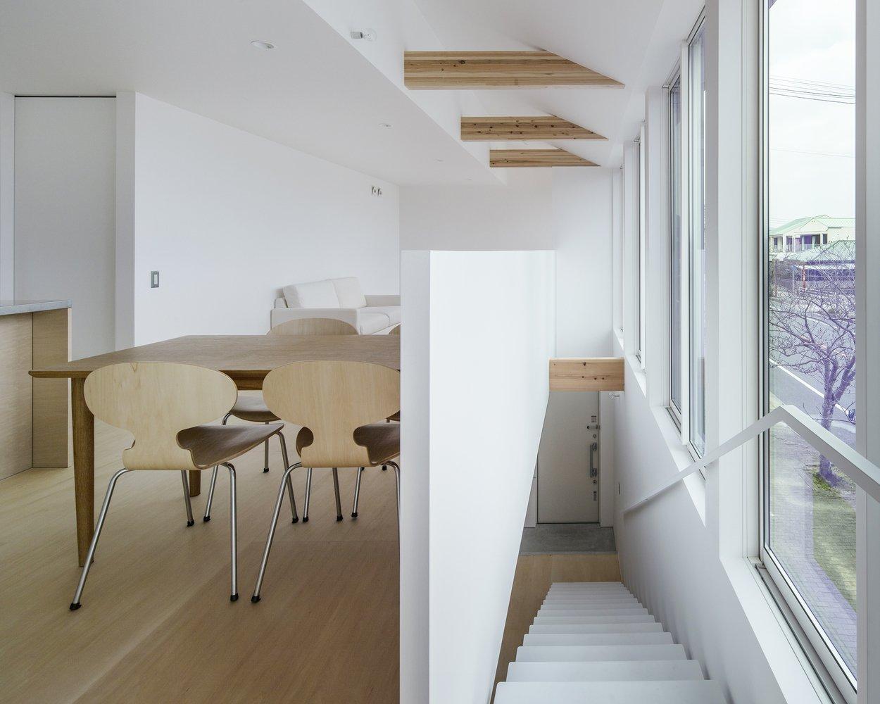 Photo 2 of 7 in House in Futako by Yabashi Architects & Associates