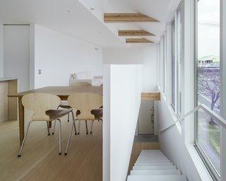 House in Futako by Yabashi Architects & Associates - Photo 1 of 6 -