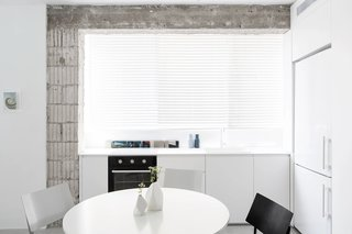 SIG Apartment by Yael Perry - Photo 4 of 8 -