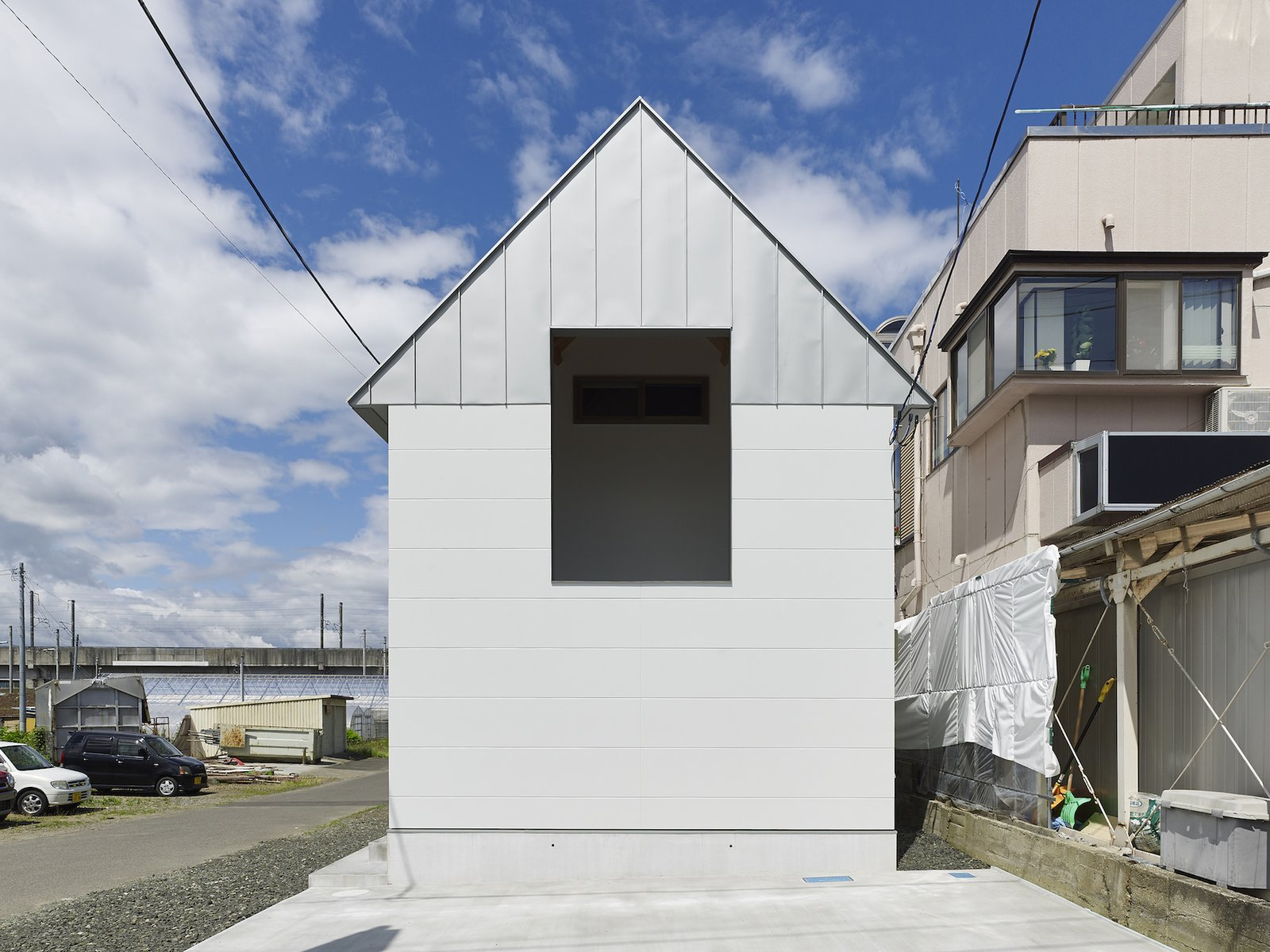Exterior, Gable RoofLine, and House Building Type  Photo 3 of 10 in Follow Us to 10 Modern Homes in Tokyo from House in Suwamachi by Kazuya Saito Architects