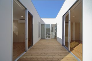 House K by YDS Architects - Photo 4 of 8 -