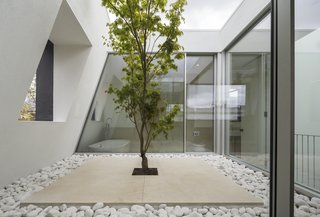 Room No Roof by Tsuruta Architects