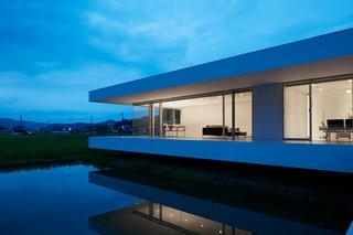F Residence by Shinichi Ogawa & Associates