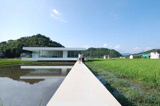 F Residence by Shinichi Ogawa & Associates - Photo 1 of 11 -