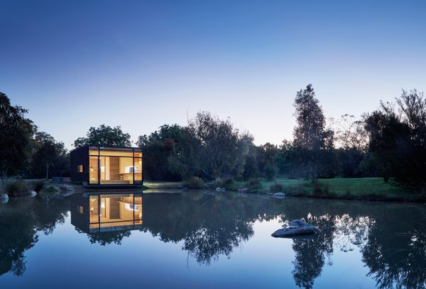 Photo 3 of 9 in Balnarring Retreat by Branch Studio Architects