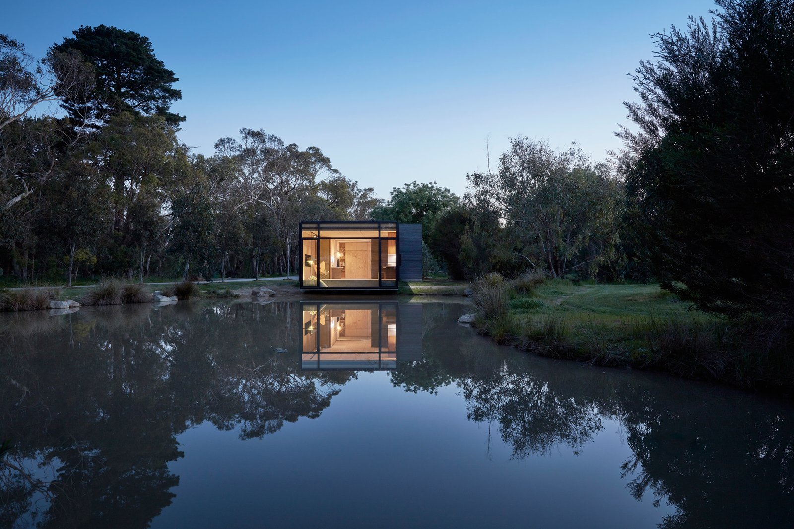 Photo 4 of 9 in Balnarring Retreat by Branch Studio Architects
