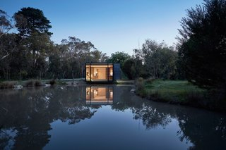 Balnarring Retreat by Branch Studio Architects - Photo 3 of 8 -