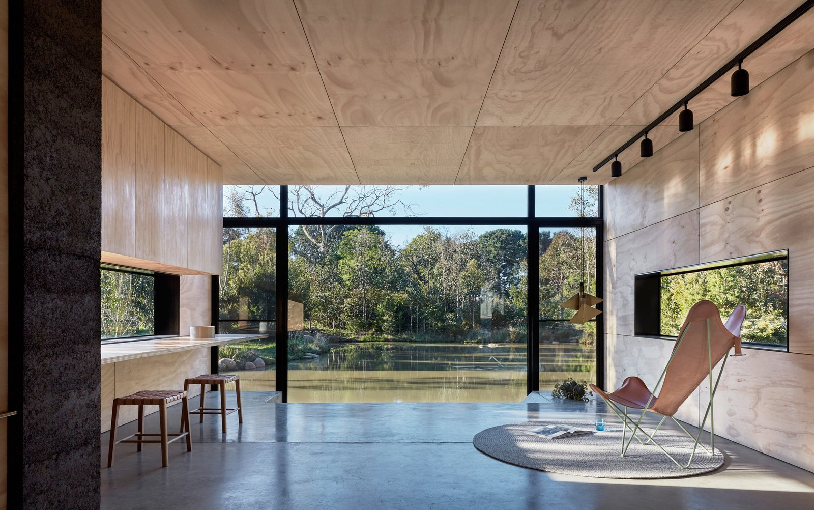 Photo 6 of 9 in Balnarring Retreat by Branch Studio Architects