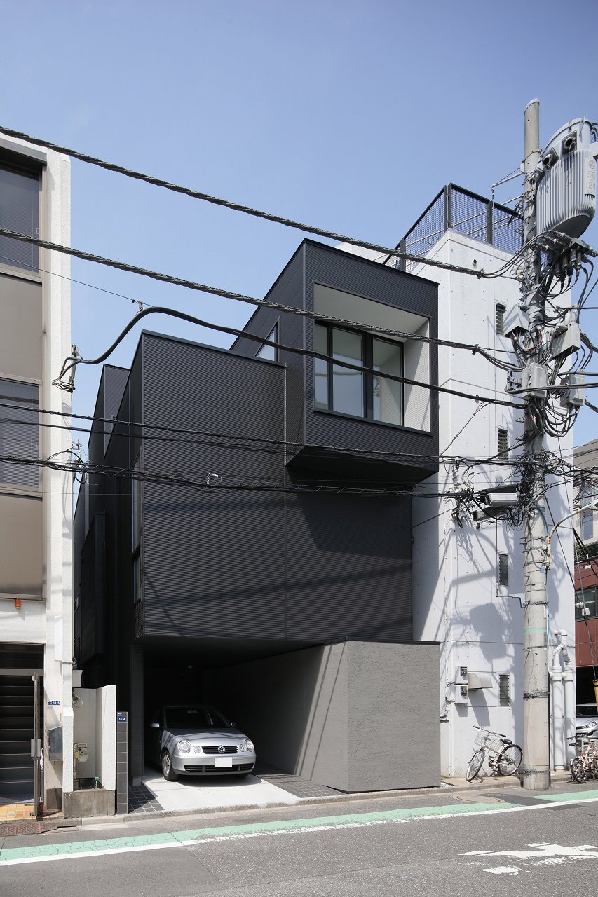 Exterior, House Building Type, Concrete Siding Material, and Metal Siding Material  Photos from House in Higashiazabu by PANDA