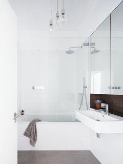 Islington Maisonette by Larissa Johnston Architects - Photo 2 of 9 -