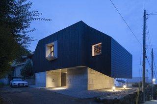 Hayfe by CUBO design architect - Photo 5 of 7 -