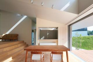 House in Tokushima by Fujiwara-Muro Architects - Photo 5 of 5 -