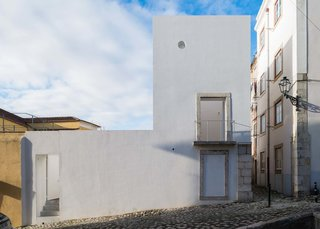 10 Bright White Cubist Homes Across the Globe - Photo 8 of 10 -