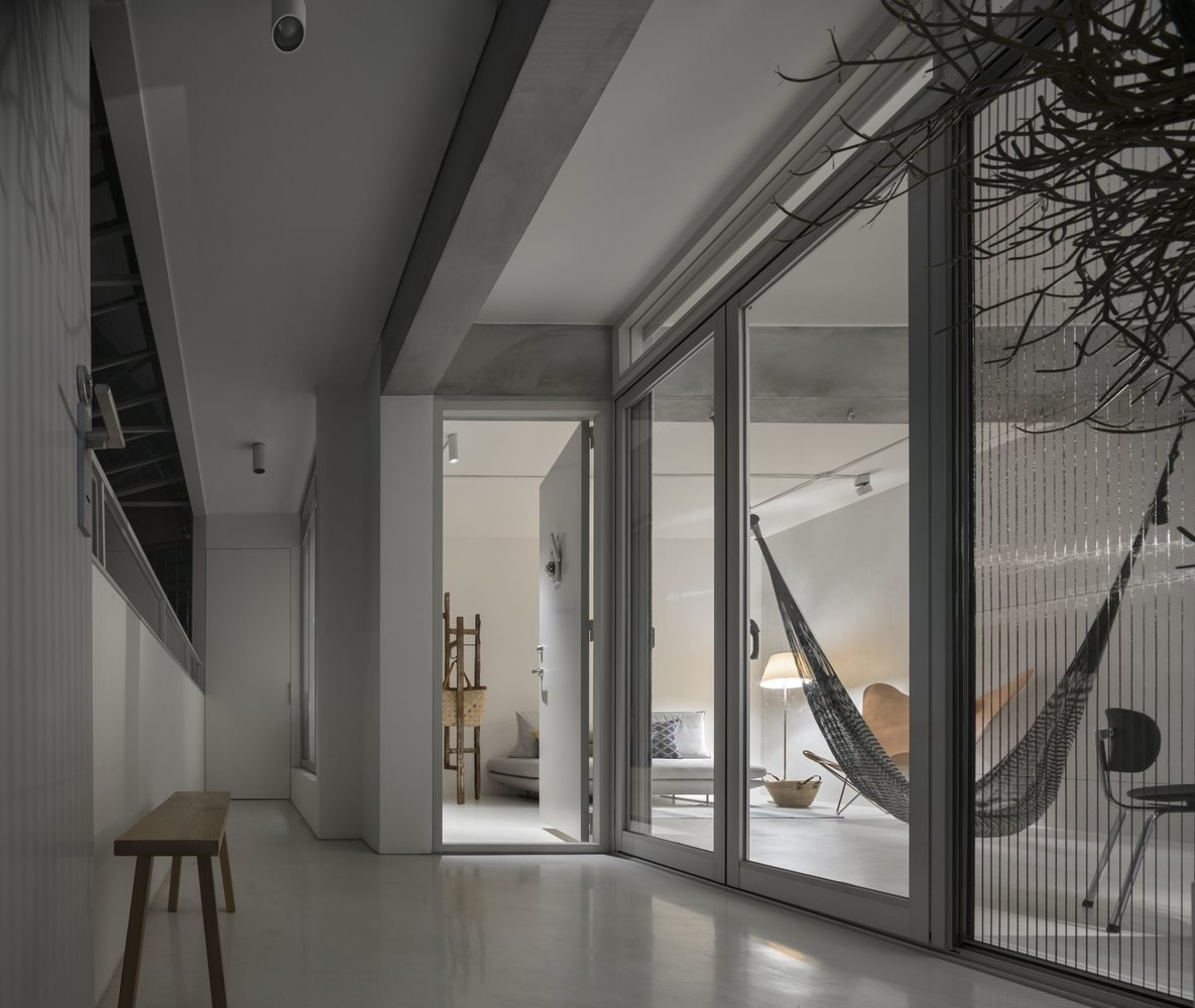 Backlight Apartment