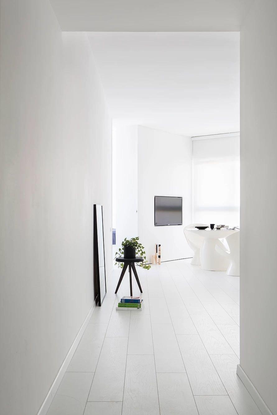 Hallway  S|H Apartment