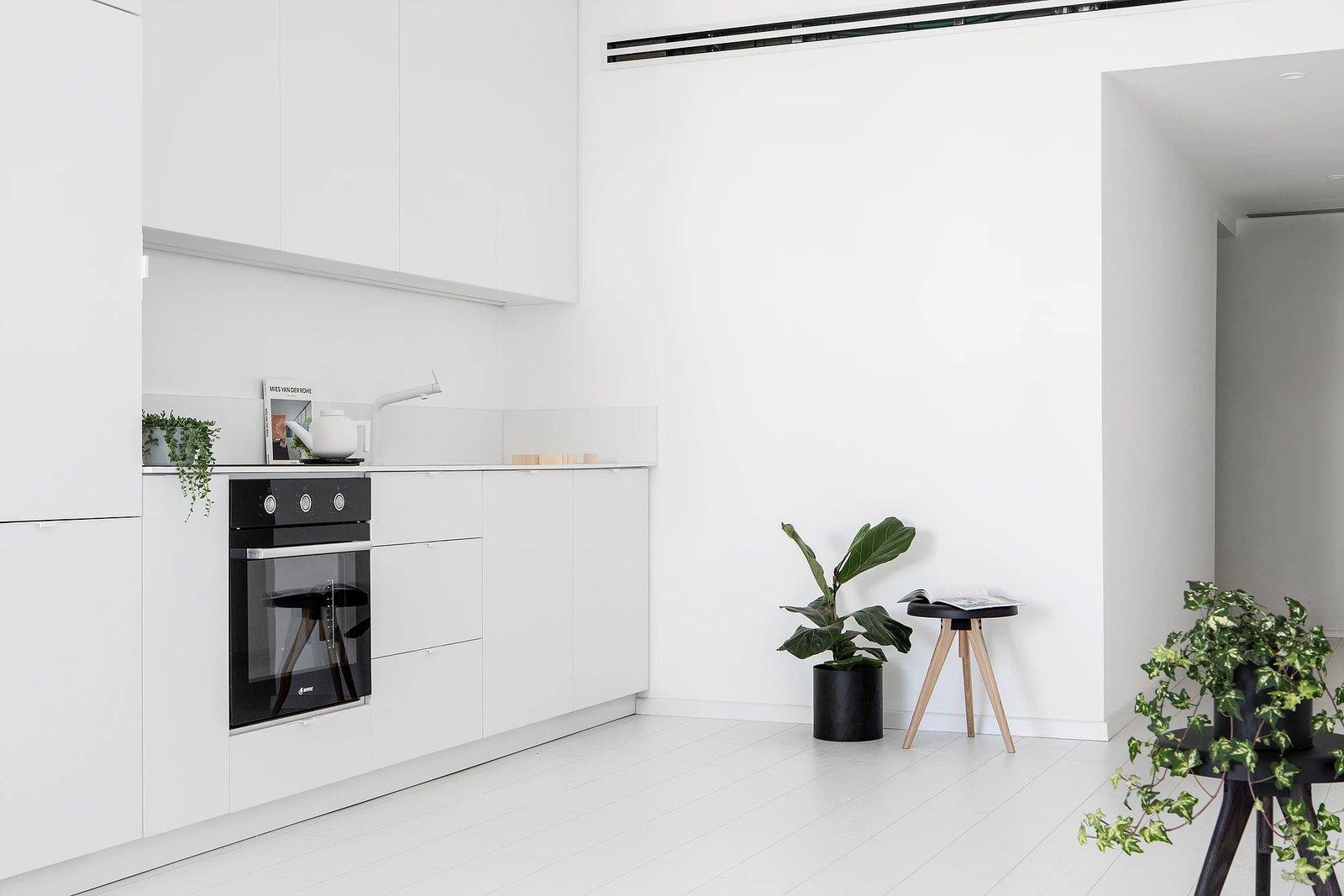 Kitchen  S|H Apartment