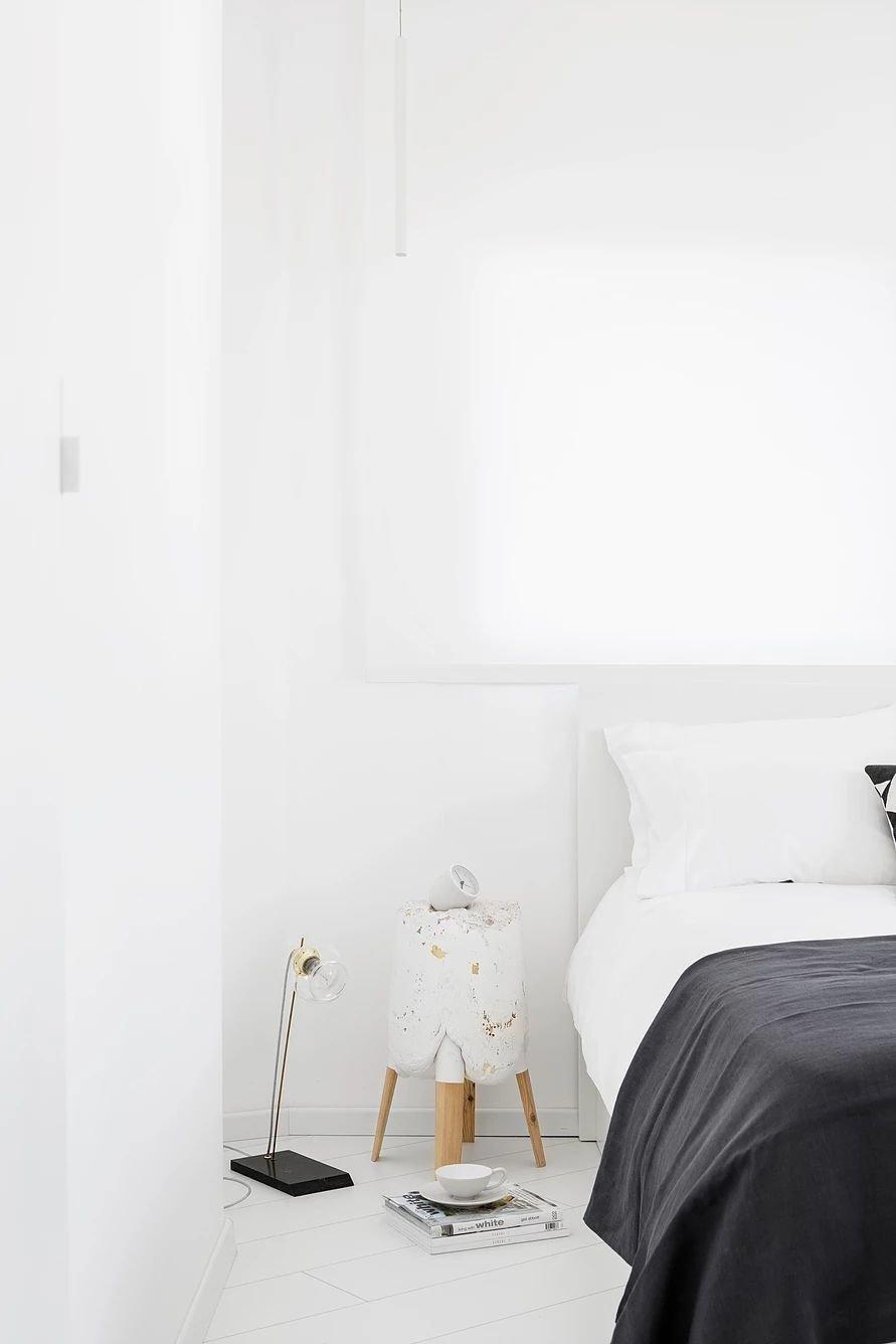 S H Apartment