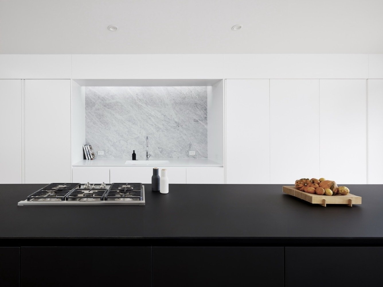 Kitchen, Recessed Lighting, and Range  Switchback House