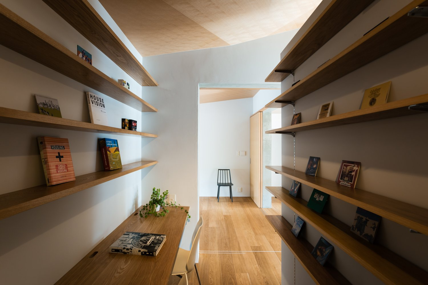 Office, Shelves, Chair, Study Room Type, and Medium Hardwood Floor  ROROOF vol.2