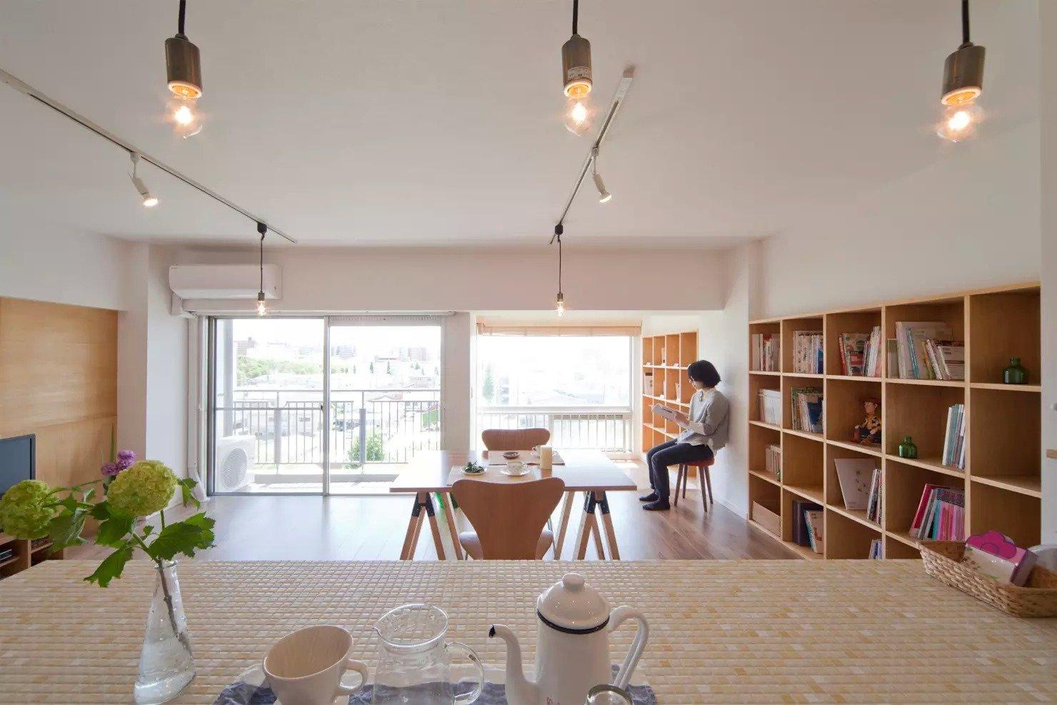 Book Cafe House
