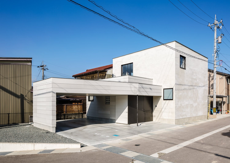 Residence in Takariya