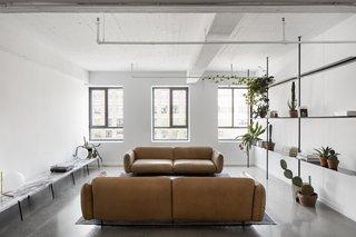 Saint-Laurent Apartment