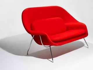The Model 73 Womb Settee designed by Eero Saarinen, 1948. Photograph by Knoll.