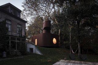 Alex' Guesthouse by Atelier Vens Vanbelle