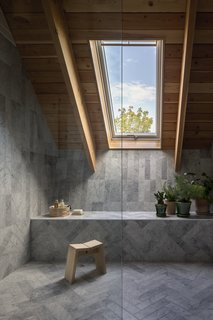 This Modern Farmhouse Outside Toronto Makes Its Own Rules - Photo 8 of 11 -