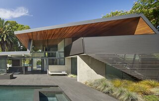 Edgewood House by Terry & Terry Architecture