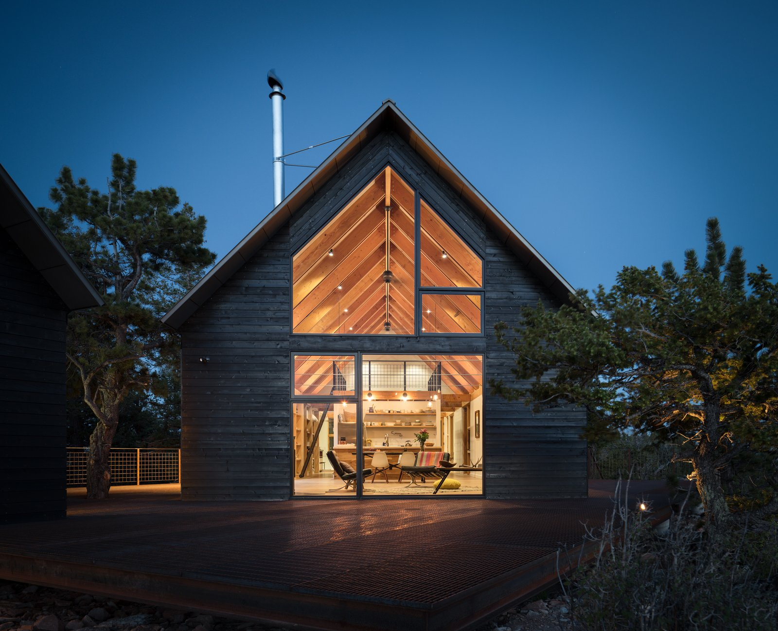 Outdoor, Trees, Back Yard, Metal Patio, Porch, Deck, and Large Patio, Porch, Deck  Big Cabin | Little Cabin by Renée del Gaudio Architecture