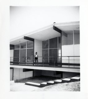 A Midcentury Home For Sale in L.A. That Was Originally Designed For a WWII Pilot - Photo 15 of 16 -