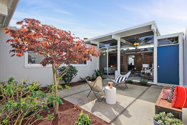 A landscaped central courtyard encourages indoor/outdoor living.