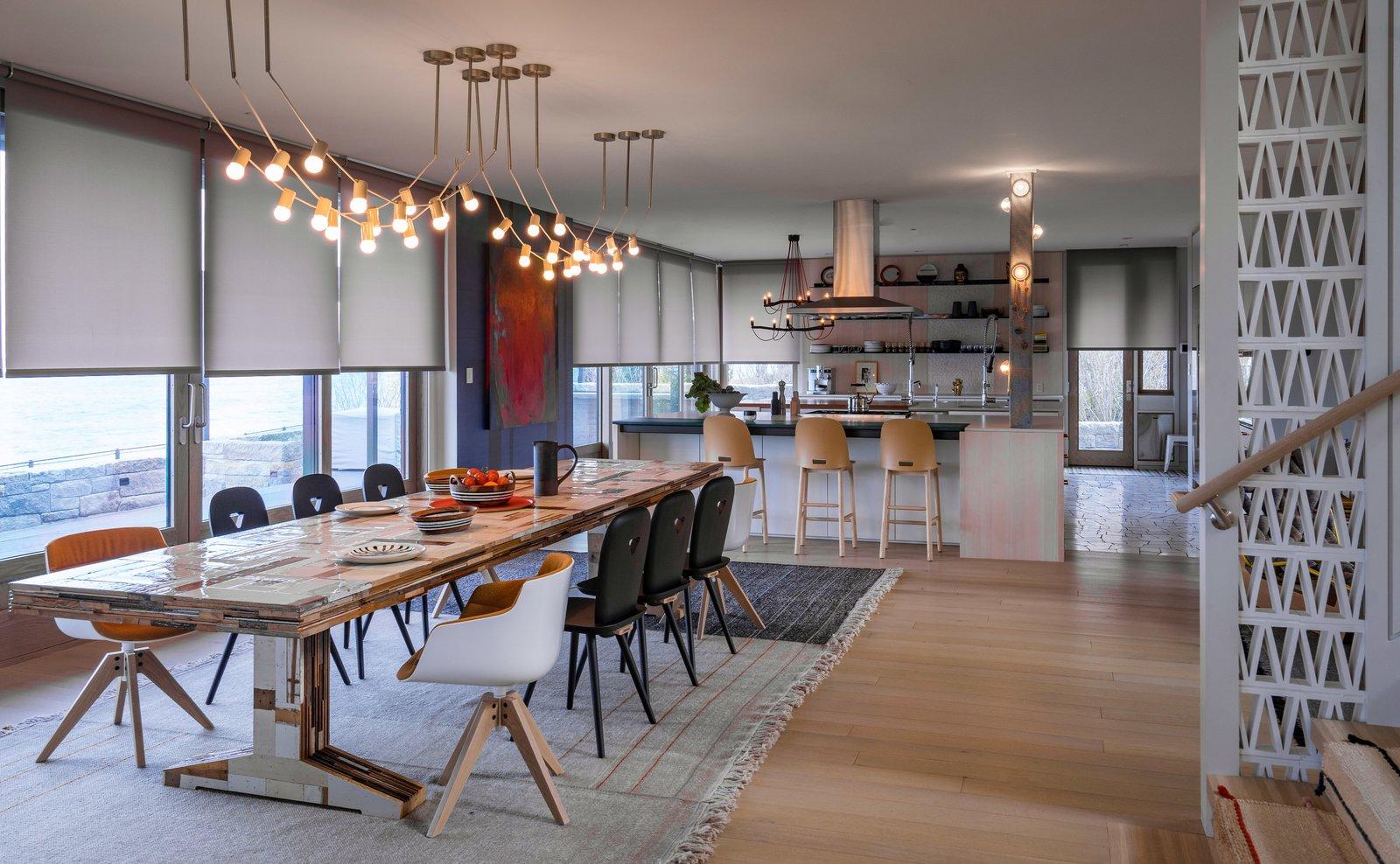 Phòng ăn, Trần ánh sáng, Sàn gỗ cứng nhẹ và Ghế Những sắc thái hiện đại đang cách mạng hóa thị trường - Ảnh 6/8 -