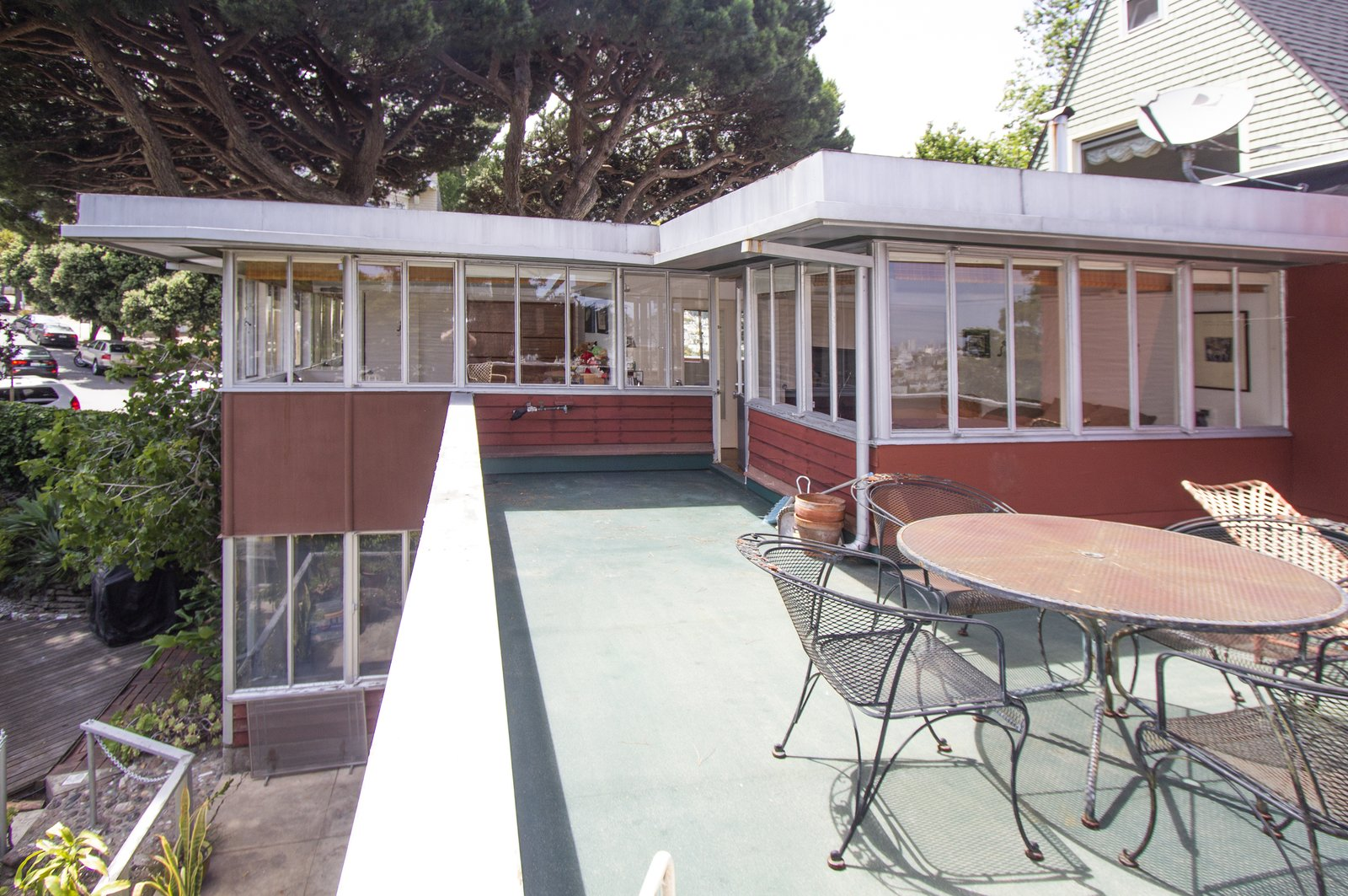 A Rare Richard Neutra Home Is Listed For $2.2M in San Francisco