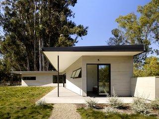 Hydeaway House
