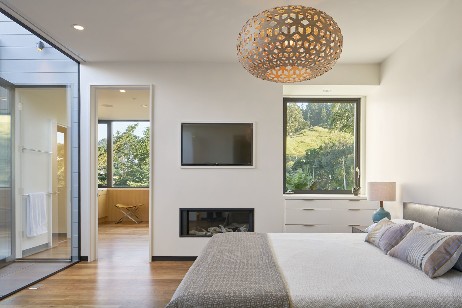 Bedroom  29th Street Residence by Schwartz and Architecture
