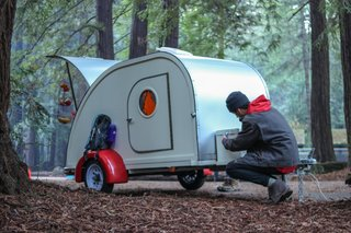 No Trailer, No Problem—This Cozy Teardrop Is For Rent - Photo 9 of 10 -