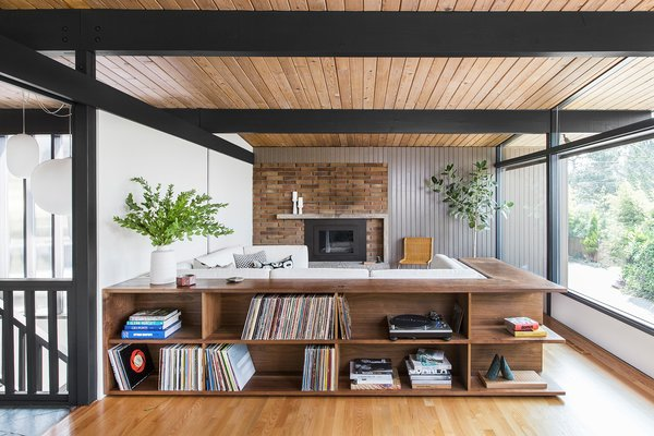 Before & After: A 1950s Midcentury Gem in Seattle Is Revamped Into a Modern Stunner
