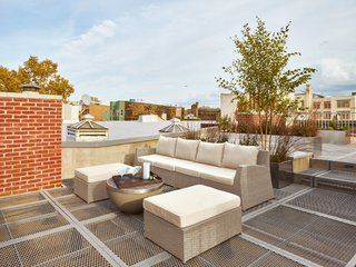 Top 5 Homes of the Week With Incredible Outdoor Spaces - Photo 2 of 5 -