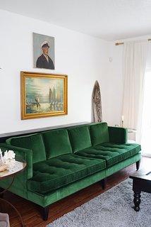 Hutton sofa in Vance emerald