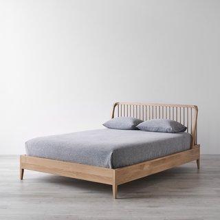 Spindle Oak Bed