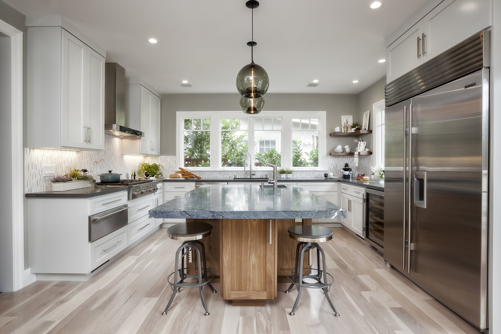 Photo 4 of 5 in Contemporary Kitchen Island Pendants Spotted in California Home