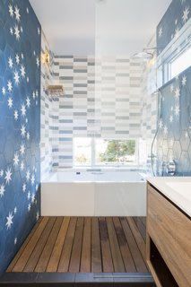 Top 5 Homes of the Week With Tranquil Bathrooms - Photo 3 of 5 -