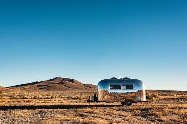 A Vintage Airstream Trailer Is Now the Ultimate Live/Work Mobile