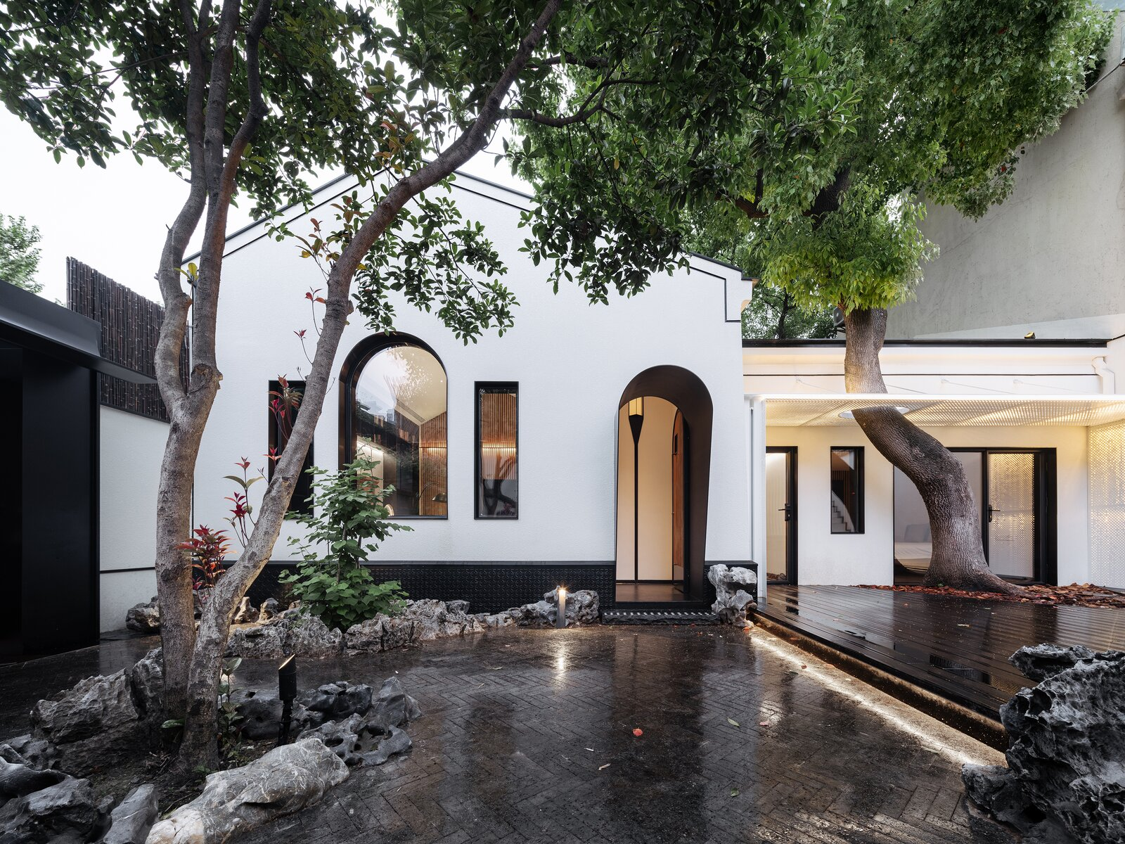 A Volcanic-Rock Courtyard Energizes a Dramatic Home in Shanghai